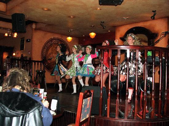 irish dancers in the pub picture of irish cottage boutique hotel rh tripadvisor co nz