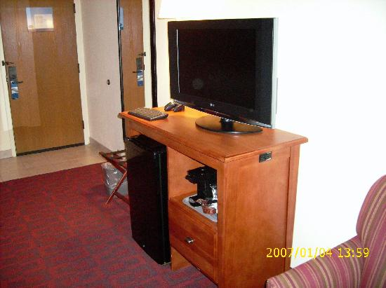 Hampton Inn Joliet I-55: The Great HDTV