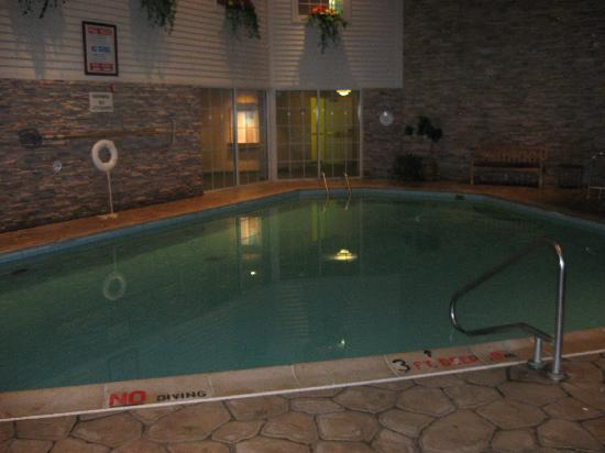 Cherry Valley Lodge: Pool