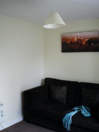 Bramlies Bed and Breakfast: 'Garden Suite' living room