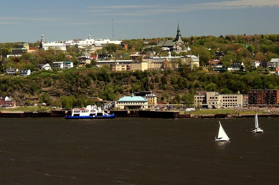 Lévis, Canada : View of Levis and the St. Lawrence