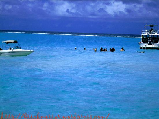 Grand Cayman: Approaching the sand bar