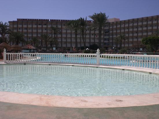 Evenia Zoraida Garden: piscina
