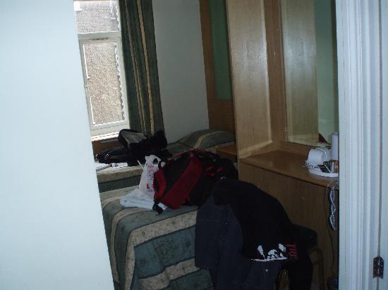 Westbury Hotel Kensington: room