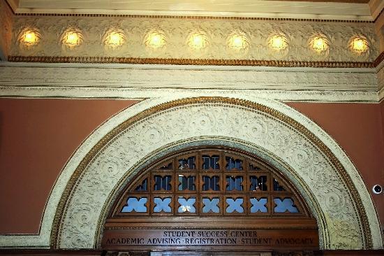 Auditorium Building : Lobby Detail