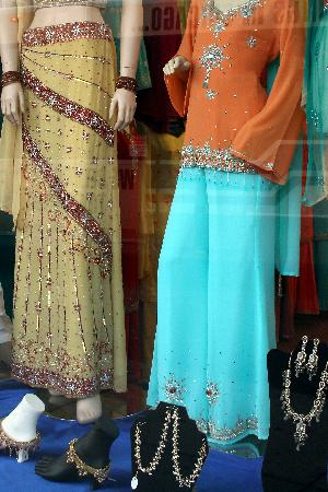 Clothing stores in illinois