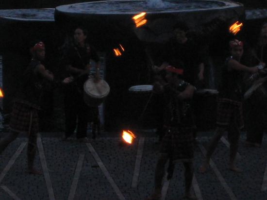 The St. Regis Bali Resort: Fire Dance Show from 630pm