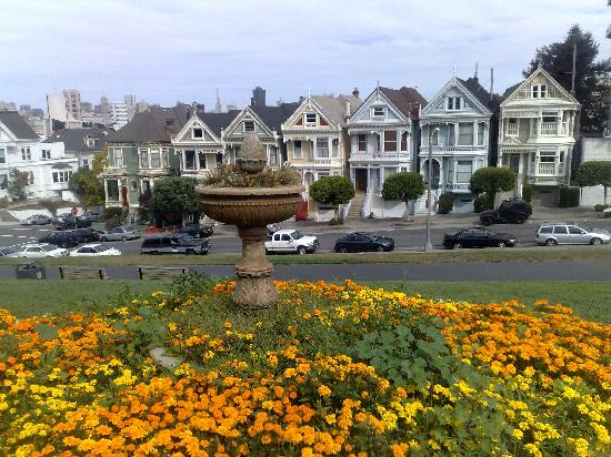 """Hotel Beresford: Alamo Square (from the show """"Full House"""") very beautiful"""