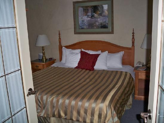 Orillia, Kanada: The King Size Bed