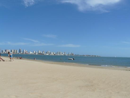 Joan Miro Hotel: Playa Mansa