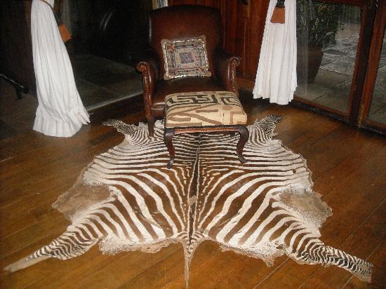 Ngong House: Reception area rug
