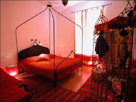 CK Bed & Breakfast : moroccan room
