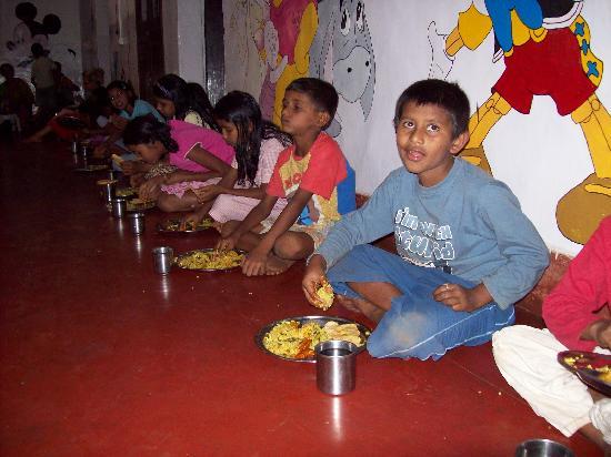 Goa, India: cwt- having lunch