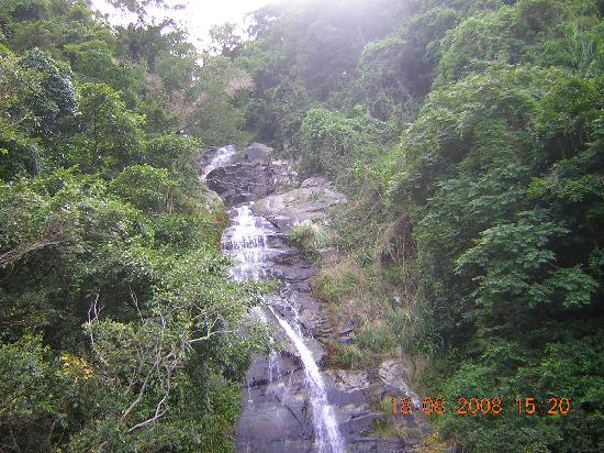 Hainan, Kina: Interior mountain stream