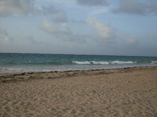 Posada Colonial: beach (very close)