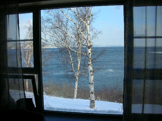 Hotel le Manoir : vue de la chambre, côté fleuve