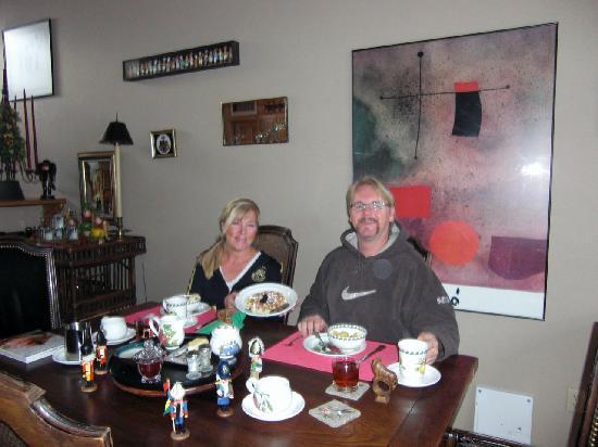 Alpine Creek Bed and Breakfast: Breakfast was always special
