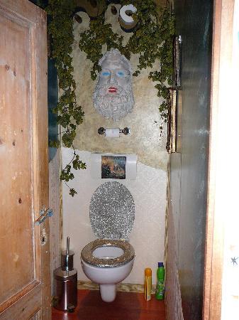 Toilet Buckingham Palace Met Klassieke Muziek Picture