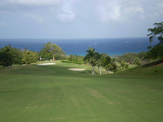 Sandy Bay, Jamaica: Great Holes