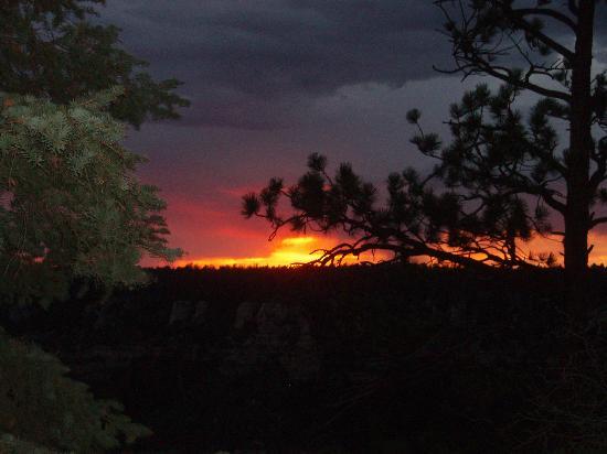 North Rim Campground: Beautiful sunset