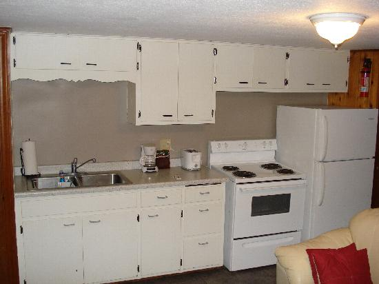 Lake City, MN: Kitchen