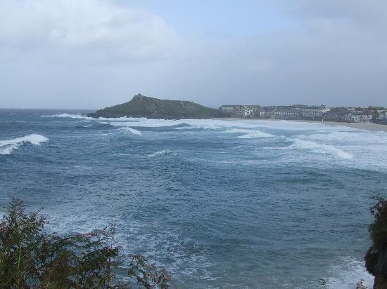 Ten Ocean View: Perfect location for watching high tides