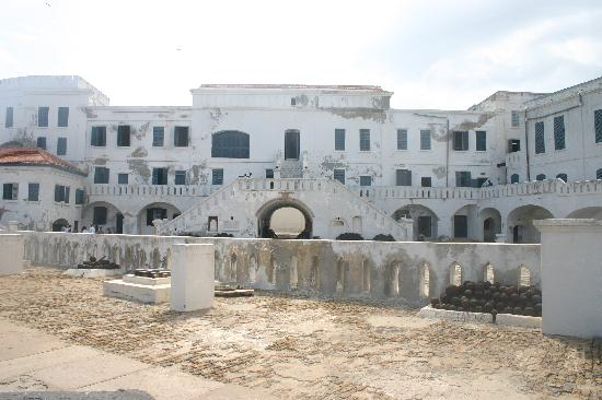 Elmina Castle: Cape Coast Castle