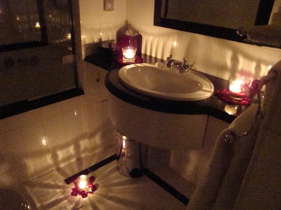 Candles Even In The Bathroom Picture
