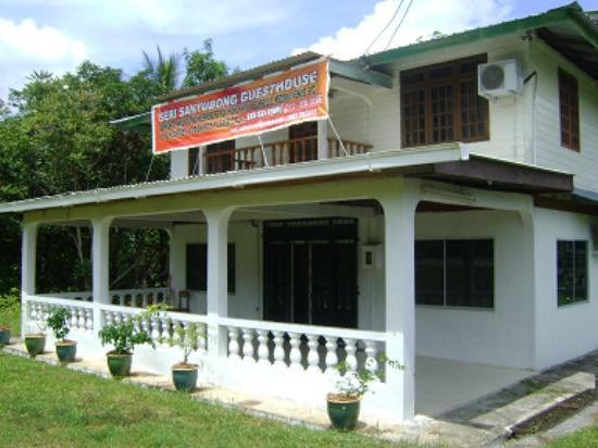 Seri Santubong Guesthouse: Guesthouse front view