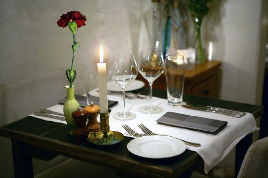 Restaurant Krebsegaarden Table setting & Table setting - Picture of Restaurant Krebsegaarden Copenhagen ...