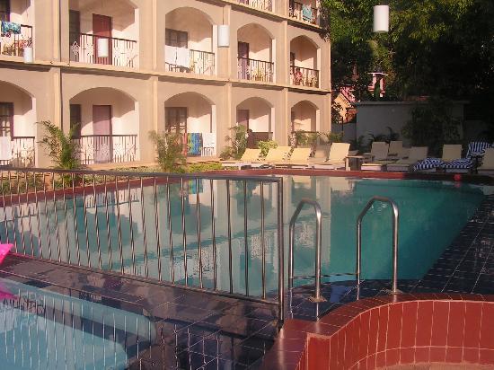 Riverside Regency Resort: Riverside Regency hotel pool