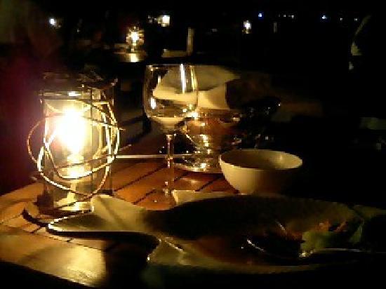 The Busena Terrace : 東シナ海を見ながらお食事