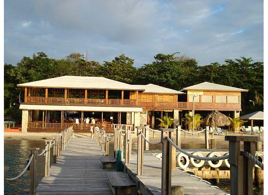Luna Beach Resort: LB from the dock