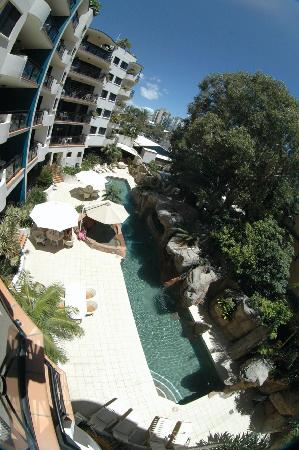 Caribbean Resort Mooloolaba: Pool viewed from balcony