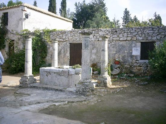 Kalamaki, Greece: Some ruins visited during our stay