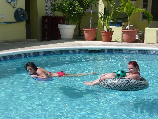 Ocean 15 Hotel: float the day away
