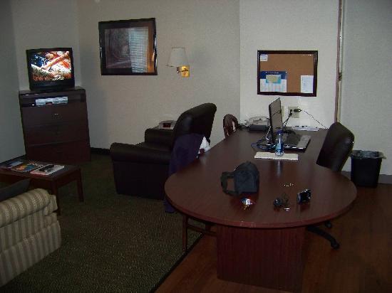 Candlewood Suites Philadelphia - Mt. Laurel: candlewood suites