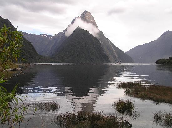 Milford Sound 17.11.08 @ 9am