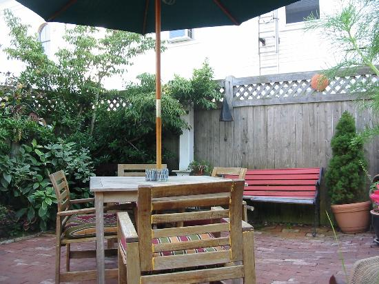 Christopher's by the Bay: BACK PATIO