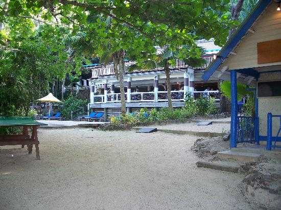 Malolo Island Resort: Looking towards restaurants.  TV room on right, table tennis and adults only pool