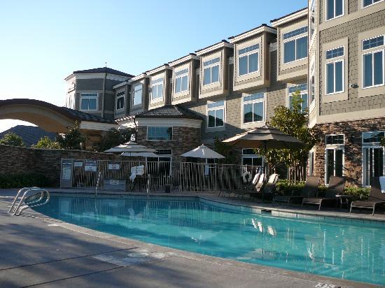 West Inn & Suites Carlsbad: West Inn and Suites pool