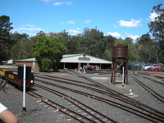 ‪Diamond Valley Railway‬