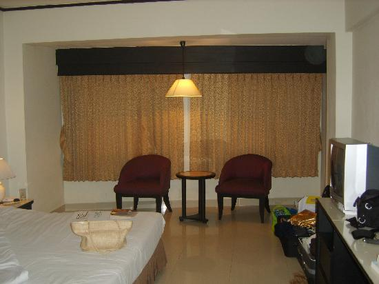 White Palace Bangkok: Bedroom