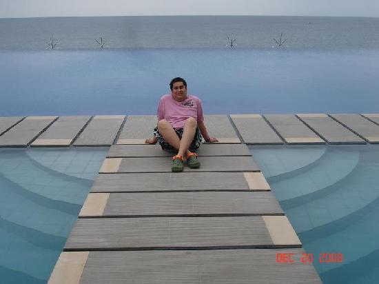 Infinity Pool Picture Of Acuatico Beach Resort Hotel Laiya Tripadvisor