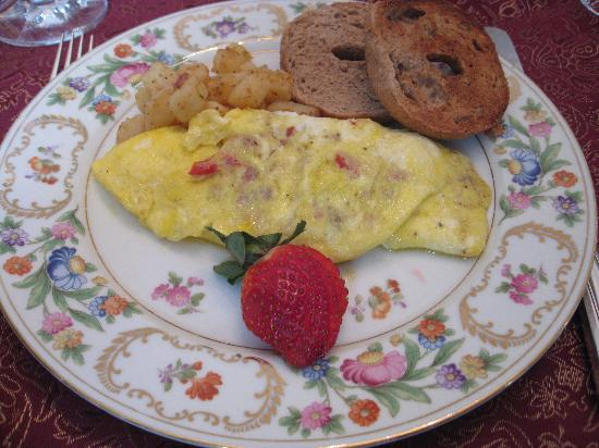 Wilson House Bed and Breakfast: omelet