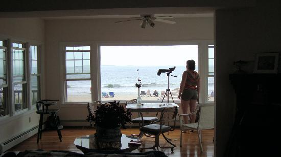 The Beach House, Lobby