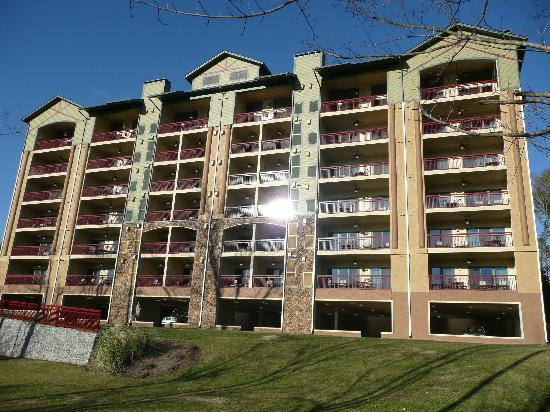 RiverStone Resort & Spa: Building 4 from river