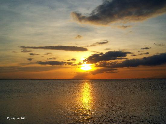 SM Mall of Asia: Sunset at Manila Bay