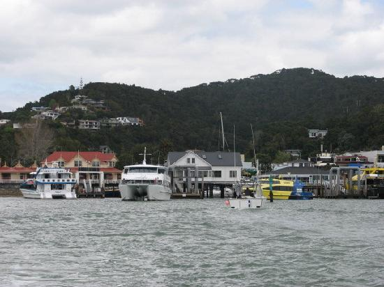 Russell, New Zealand: Leaving Paihia in ferry