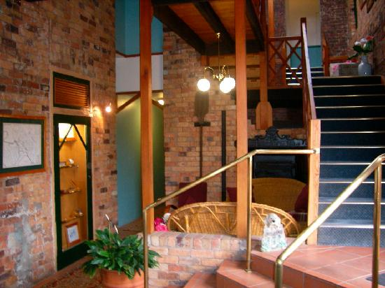 The Old Bakery Inn: Staircase